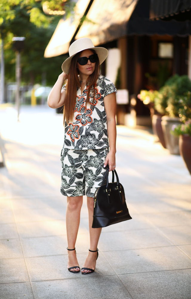 tropical outfit with a sun hat