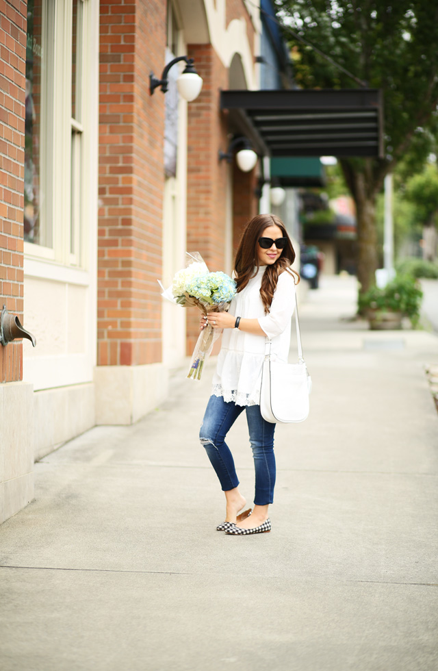 white lace tunic skinnies and fun flats