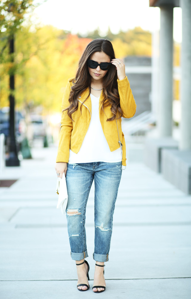 mustard-moto-jacket-and-jeans-white-tip