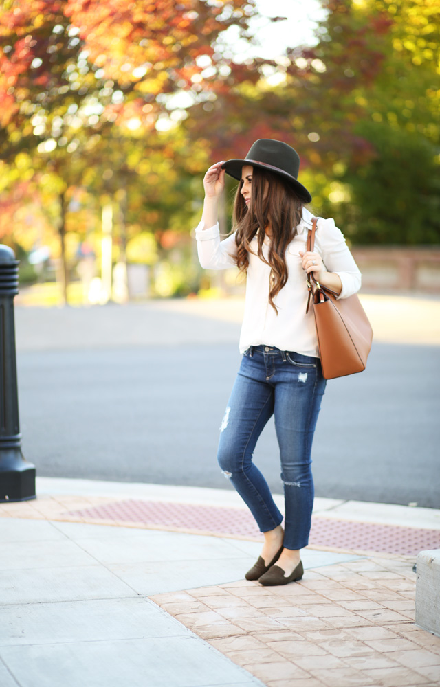 touches-of-green-fall-oufit