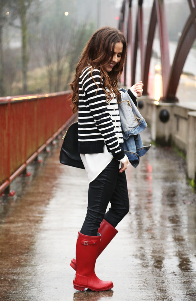 rainy day look with hunter boots