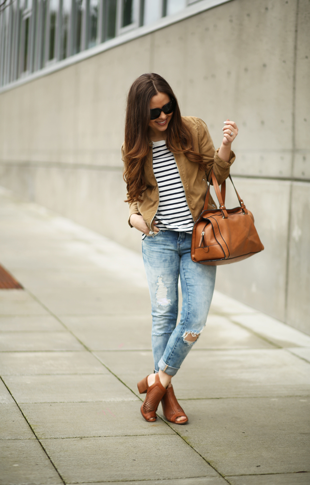18ffaa951c distressed jeans for petites. comfy casual outfit