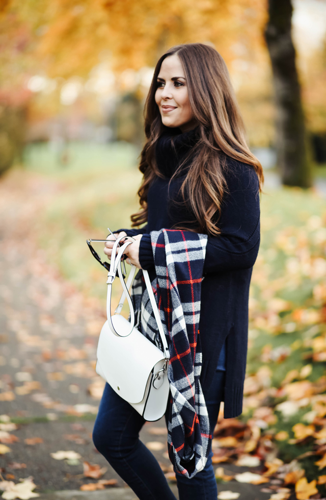 navy-sweater-tunic-with-plaid-scarf