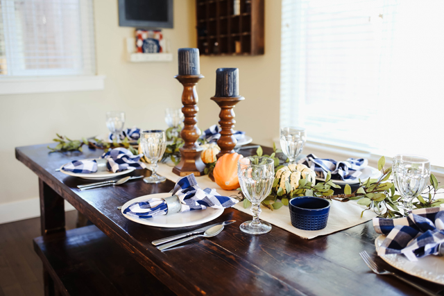 thanksgiving-table-9934