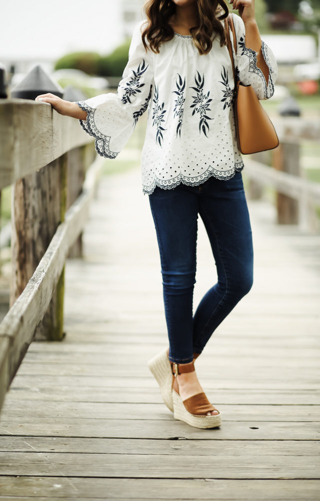 peasant blouse skinny jeans and wedges