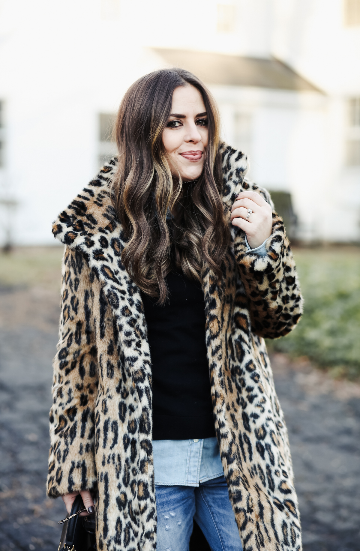 leopard coat outfit for winter denim and black-4 - dress cori lynn 2c1be6bfe6e9