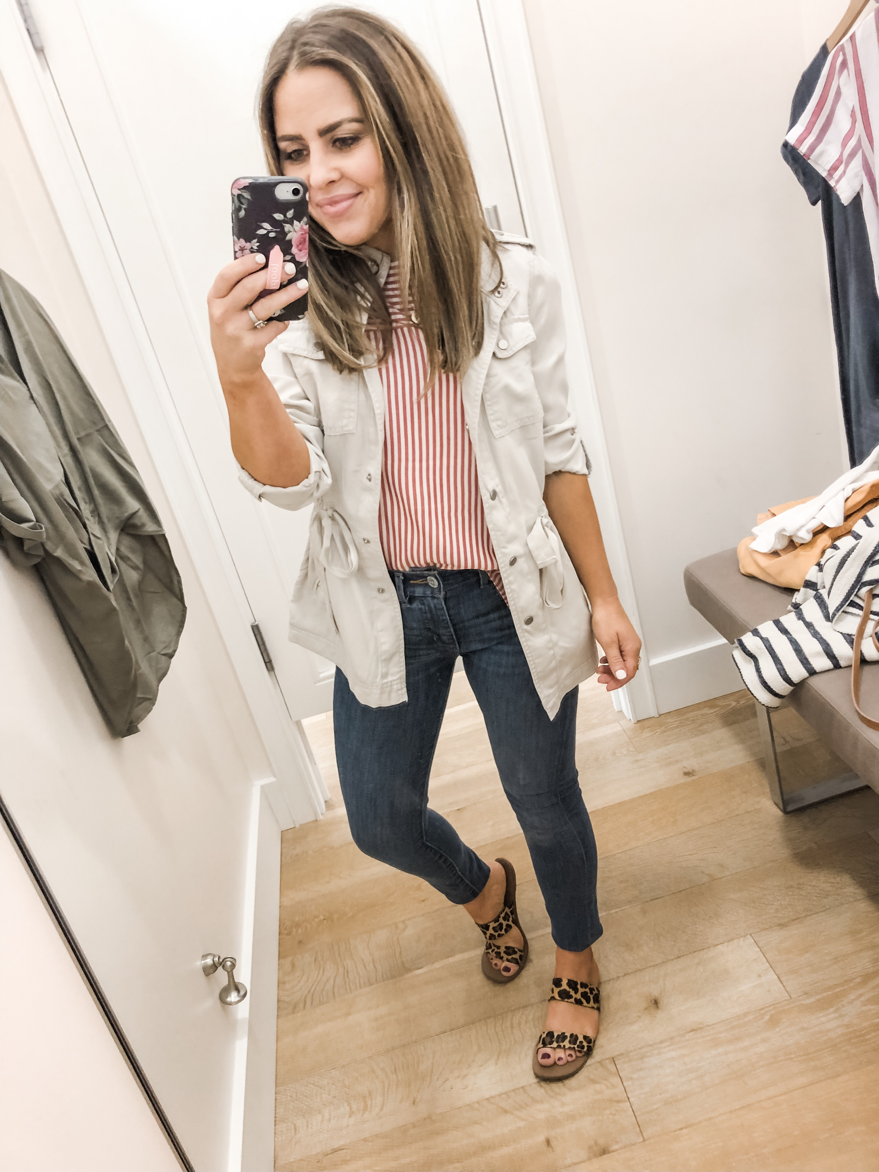 230aeb44d09d red and white striped top. skinny jeans. white jacket. leopard shoes.